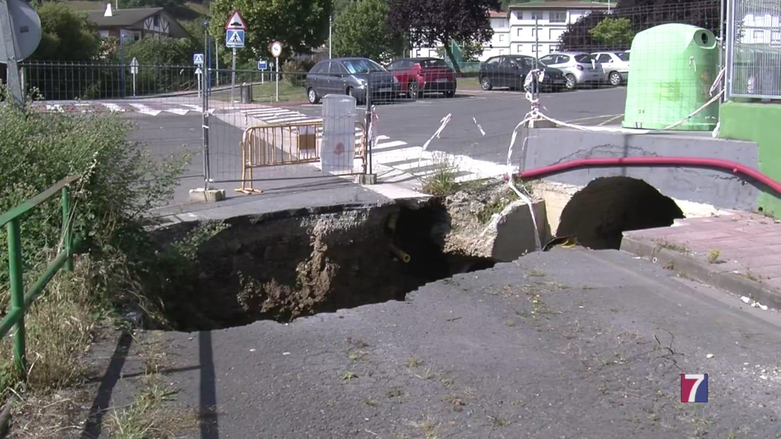 El socavón de Muskiz se reparará a partir de la próxima semana
